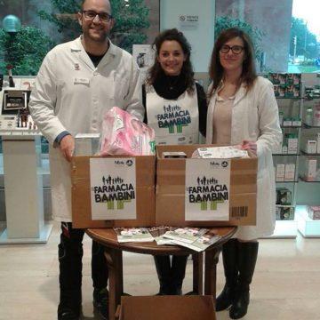 volontari in farmacia per i bambini 2016