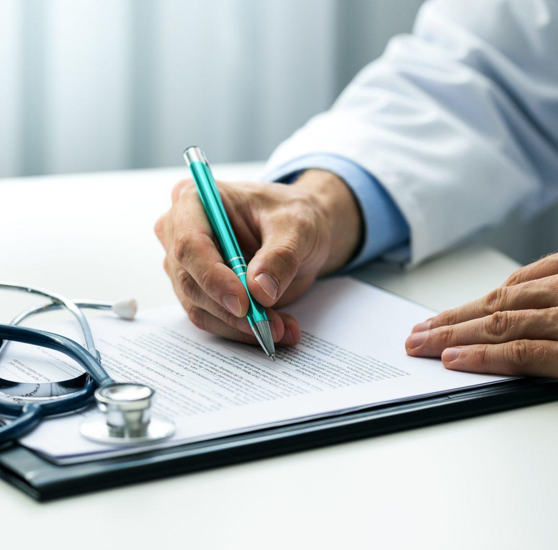 consumi di farmaci biosimilari - medico prescritto