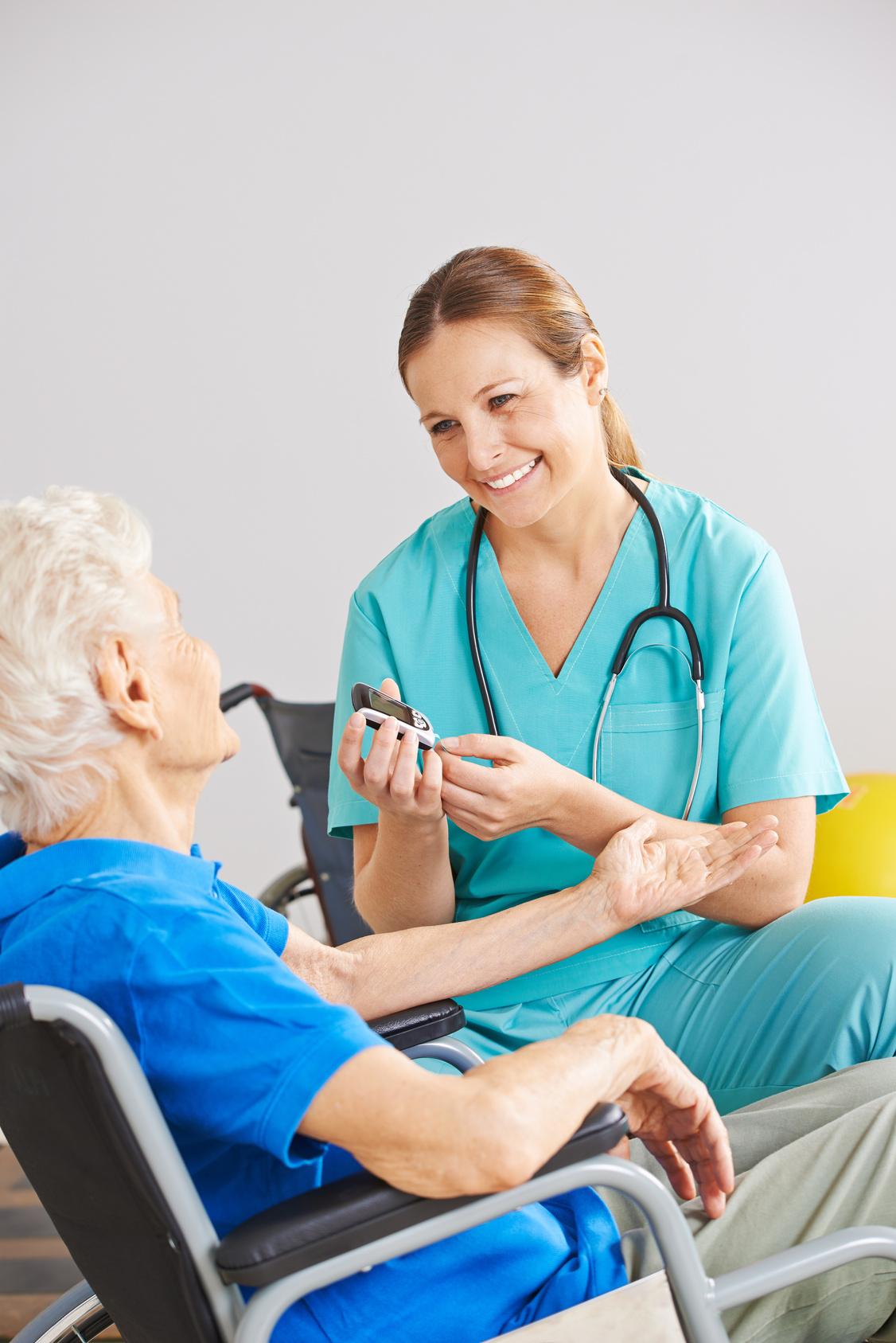 Risultati immagini per infermiere farmaci