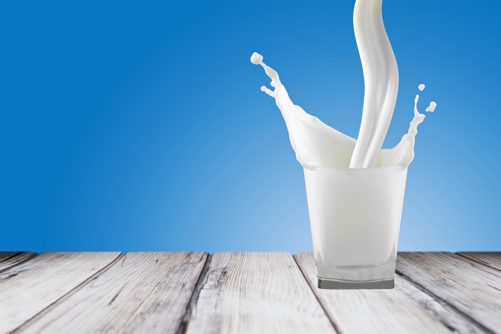 alimenti per combattere l'osteoporosi - latte